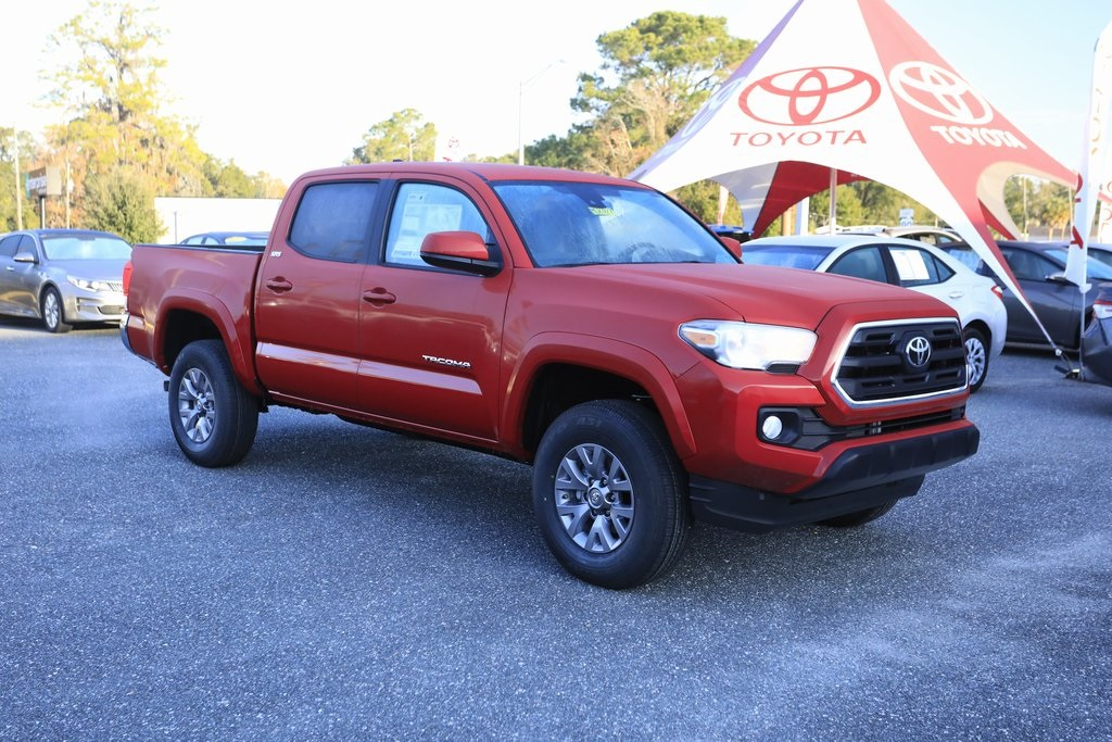 New 2019 Toyota Tacoma Sr5 4d Double Cab In Lake City M087827