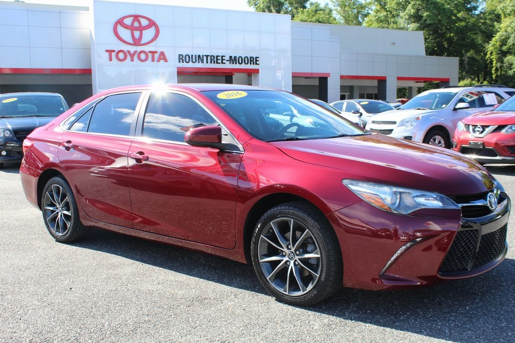 Pre Owned 2016 Toyota Camry Xse
